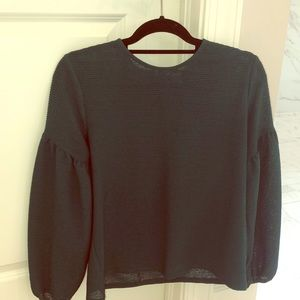 H&M Green Bell Sleeved Top